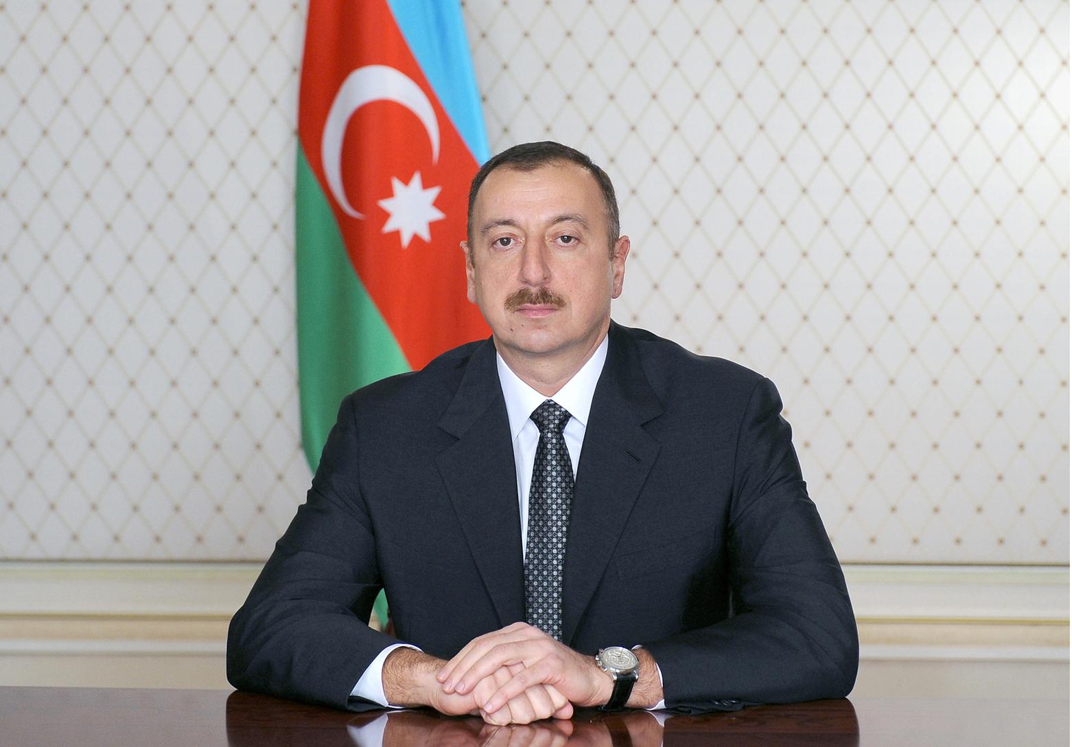 Prezidentdən Siyavuş Novruzovla bağlı QƏRAR