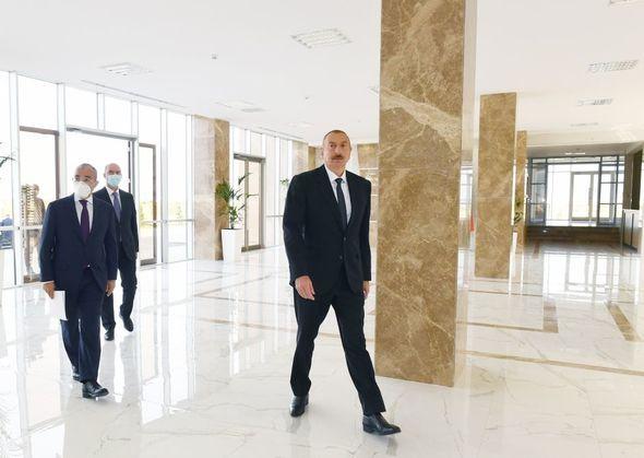 Prezident Sumqayıtda Peşə Təhsil Mərkəzinin açılışında iştirak edib - FOTO
