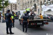Bakıda polis əməkdaşı qəzaya düşdü: Yaralılar var - FOTO - VİDEO