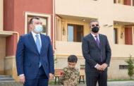 Şəhid ailələri və Qarabağ müharibəsi əlillərinə ev verildi