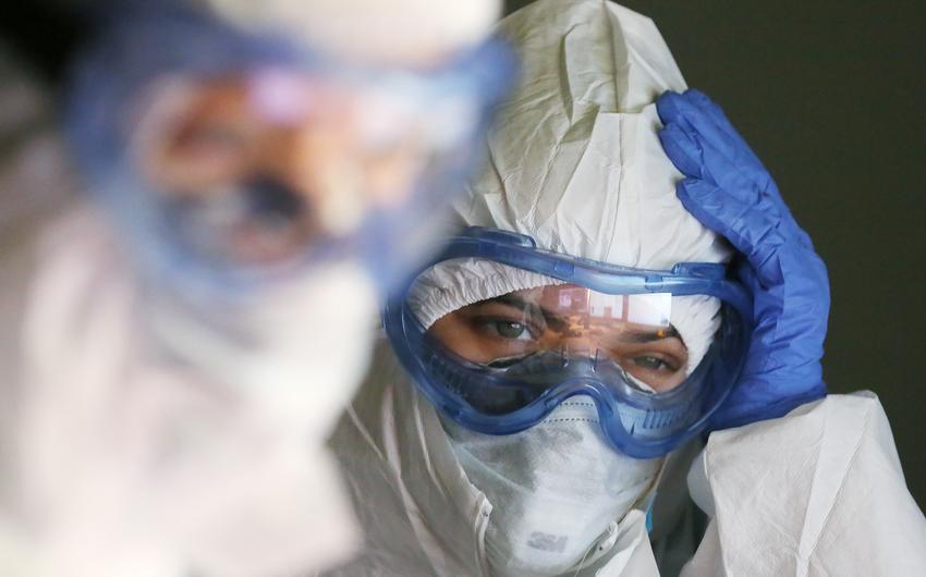 ÜST: Son sutkada dünyada yüz minlərlə insanda koronavirus aşkarlanıb